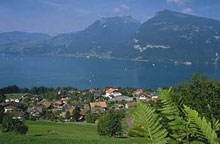Lovely Lake Thun and surrounding mountains